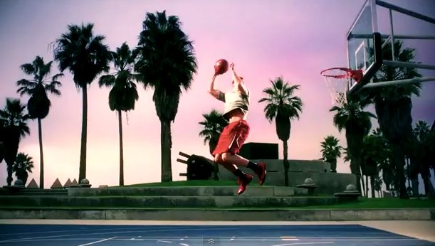 BLAKE GRIFFIN @ VENICE BEACH GIVES YOU WINGS