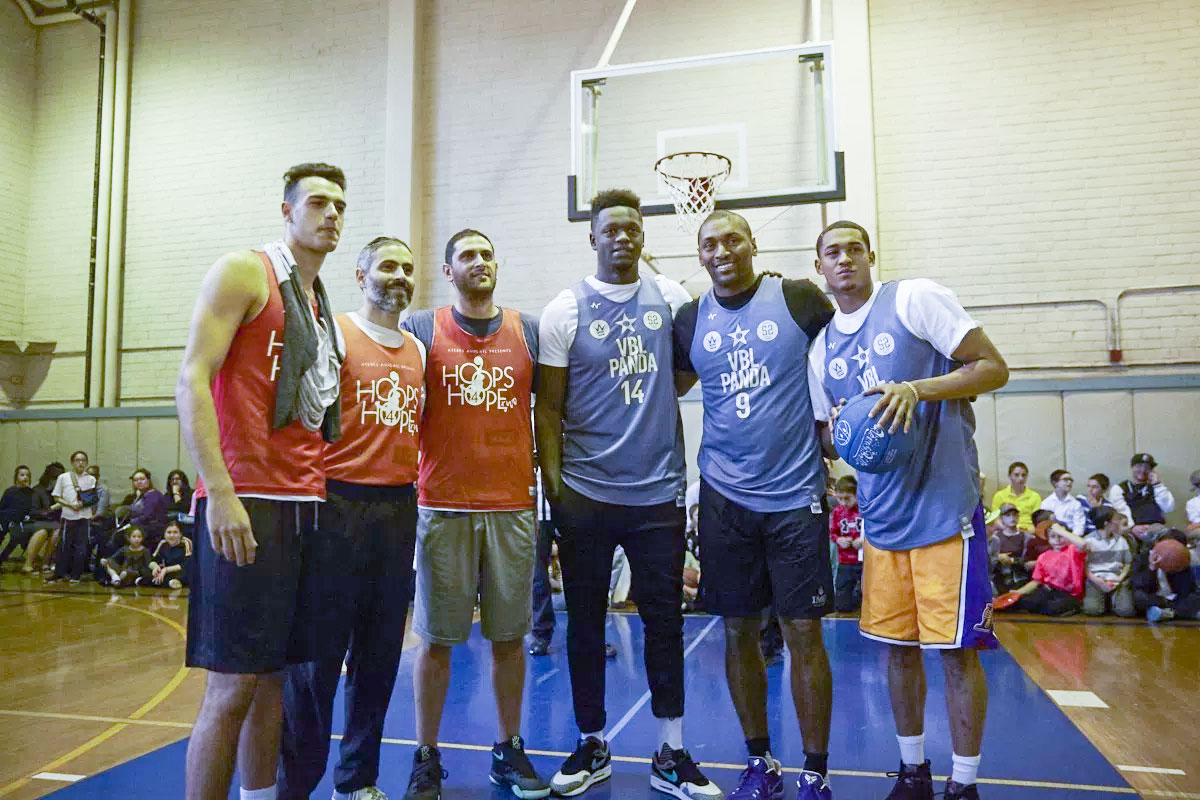 Veniceball Hoops for Hope with the Lakers